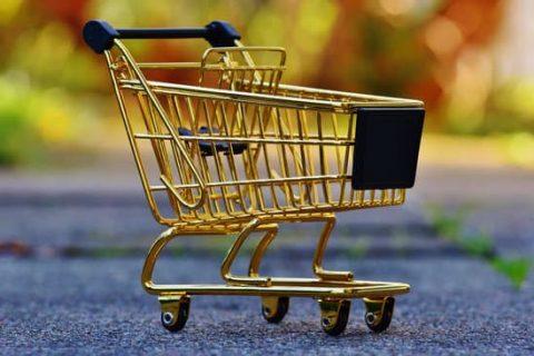Zakupy przez internet? Aż 54% Polaków kupuje online!