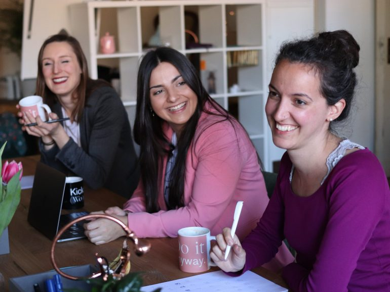 Kobiety coraz chętniej otwierają biznesy online