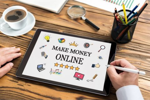 Technologia w służbie sprzedaży – jak usprawnić tworzenie contentu produktowego i jego dystrybucję?